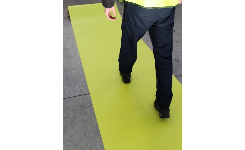 YELLOW HI-VIS CHECKER PLATE PVC MATTING 10M X 1M X 2MM